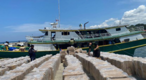 Navy Seized P35.2M Smuggled Counterfeit Cigarettes Off Basilan Province