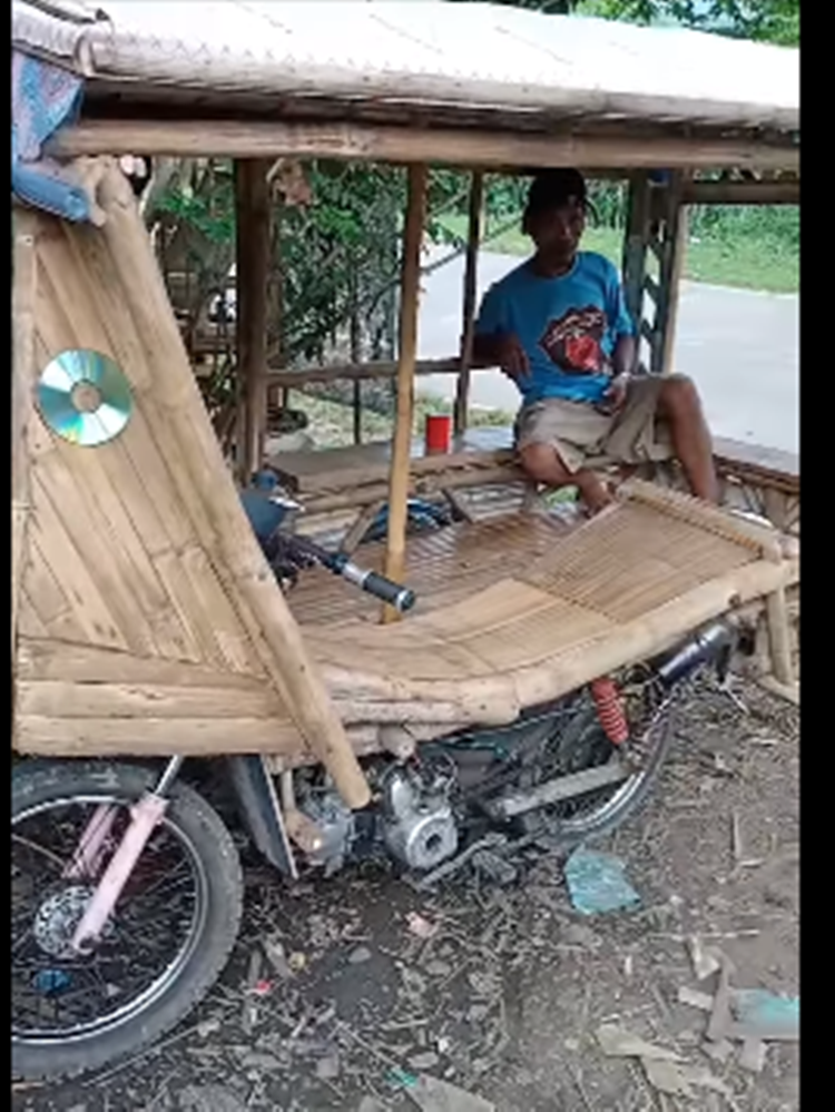 Resourceful Tricycle Driver