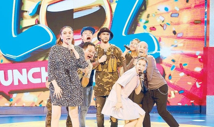 billy crawford lunch out loud hosts