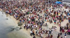 Large Crowds At Dolomite Beach Can't Be Controlled Admits Bay Officials